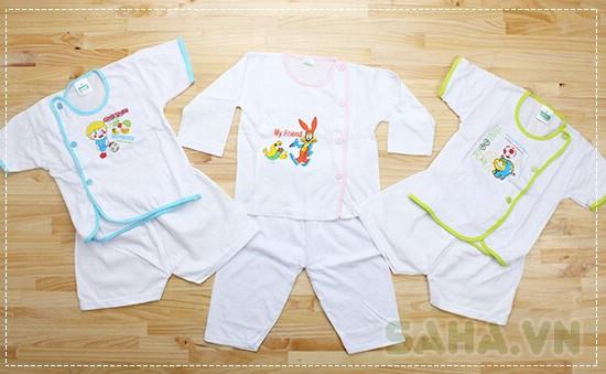 Bộ quần áo cho trẻ sơ sinh
