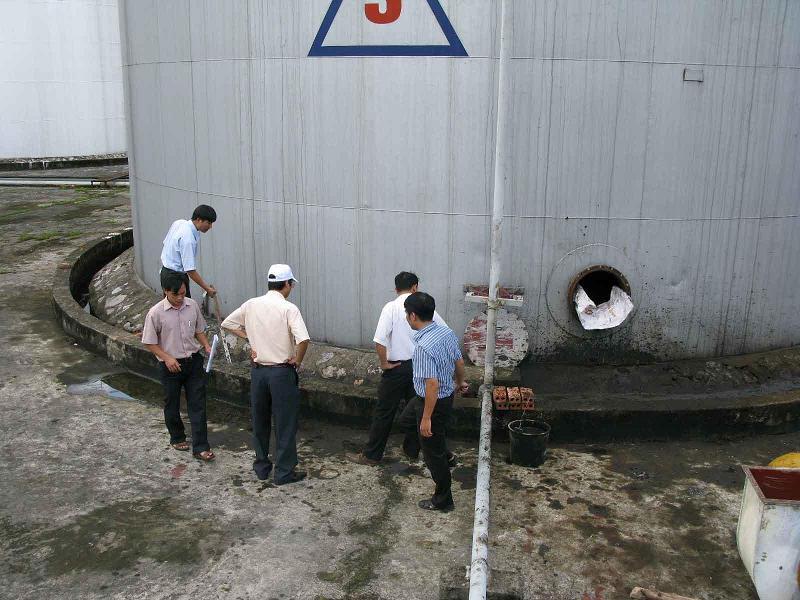 Các giải pháp phòng ngừa chủ động, kiểm soát ô nhiễm sự cố tràn dầu