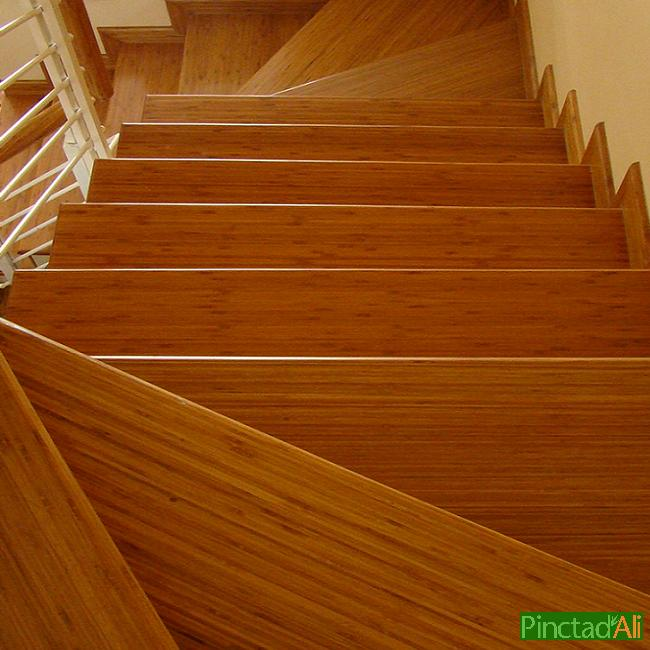 Cầu thang tre