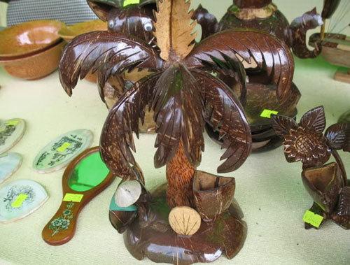 Sản phẩm mỹ nghệ bằng gáo dừa