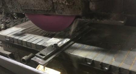 Sản xuất dao cắt công nghiệp