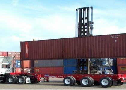 Vận chuyển,nâng hạ Container