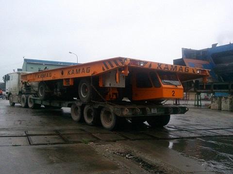 Vận chuyển máy phục vụ công trình