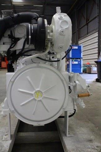 Động cơ máy phát thủy CATERPILLAR C15
