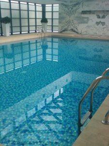Gạch trang trí hồ bơi