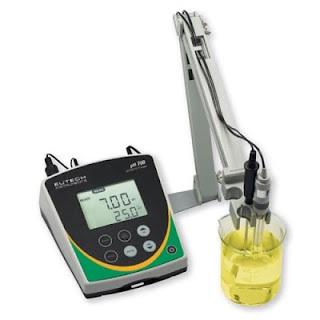 Máy đo pH để bàn pH 700