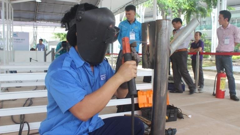 Đào tạo thợ hàn - điện