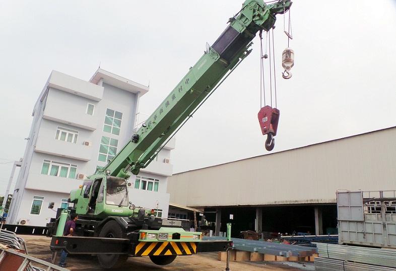 Cẩu trục 50 tấn
