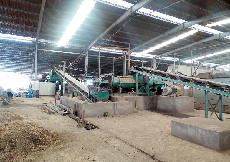 Băng tải nhà máy gạch