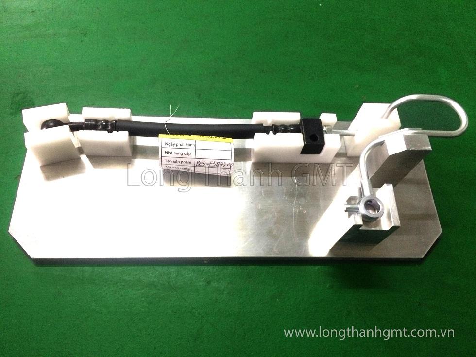 Đồ gá kiểm tra ống dẫn dầu ô tô 03