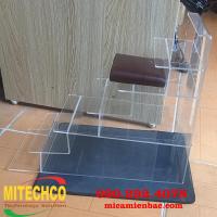 Kệ mica trưng bày 5 tầng