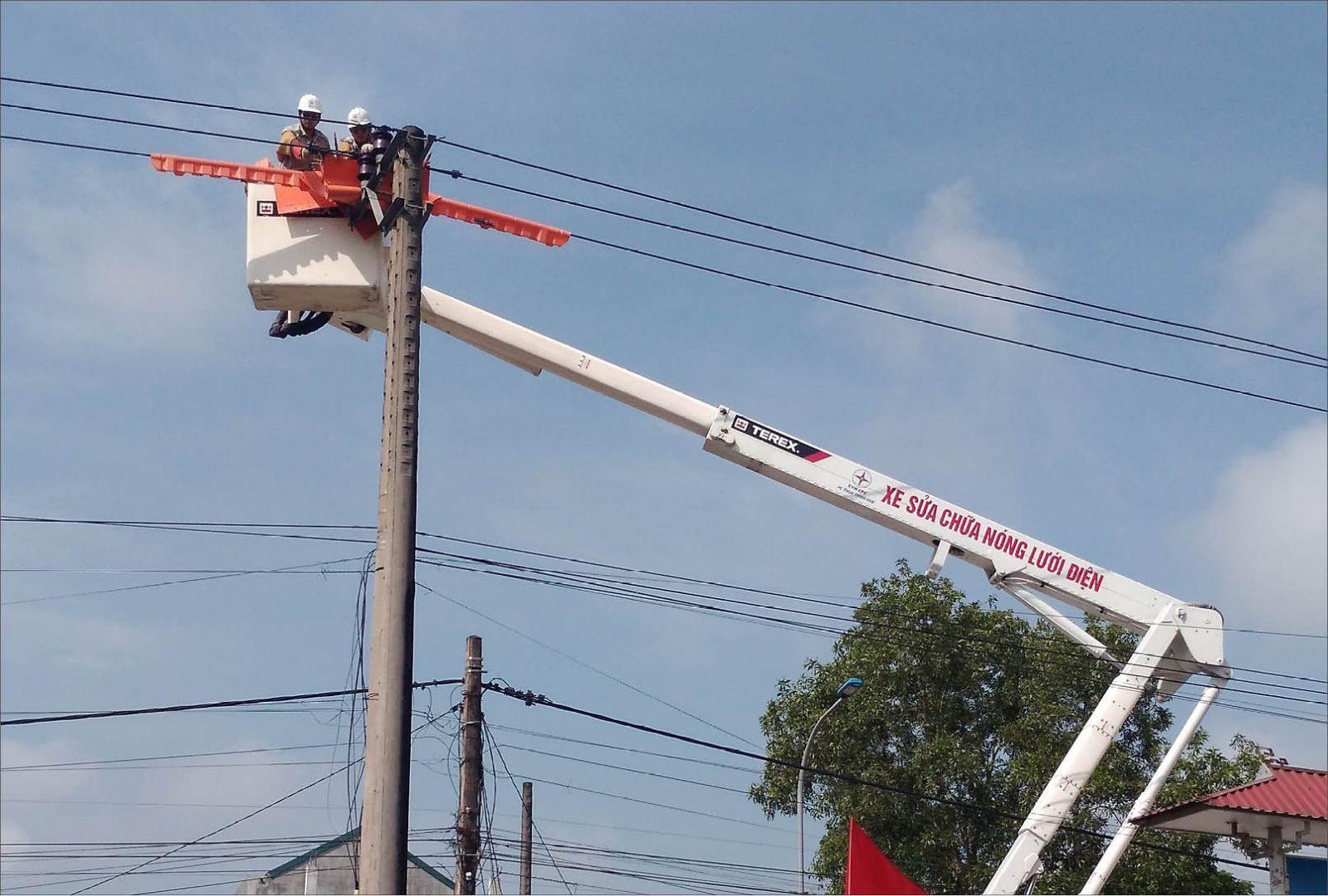 Xây dựng hệ thống lưới điện