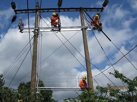 Xây dựng hệ thống lưới điện trung thế