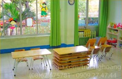 Bàn ghế gỗ mẫu giáo