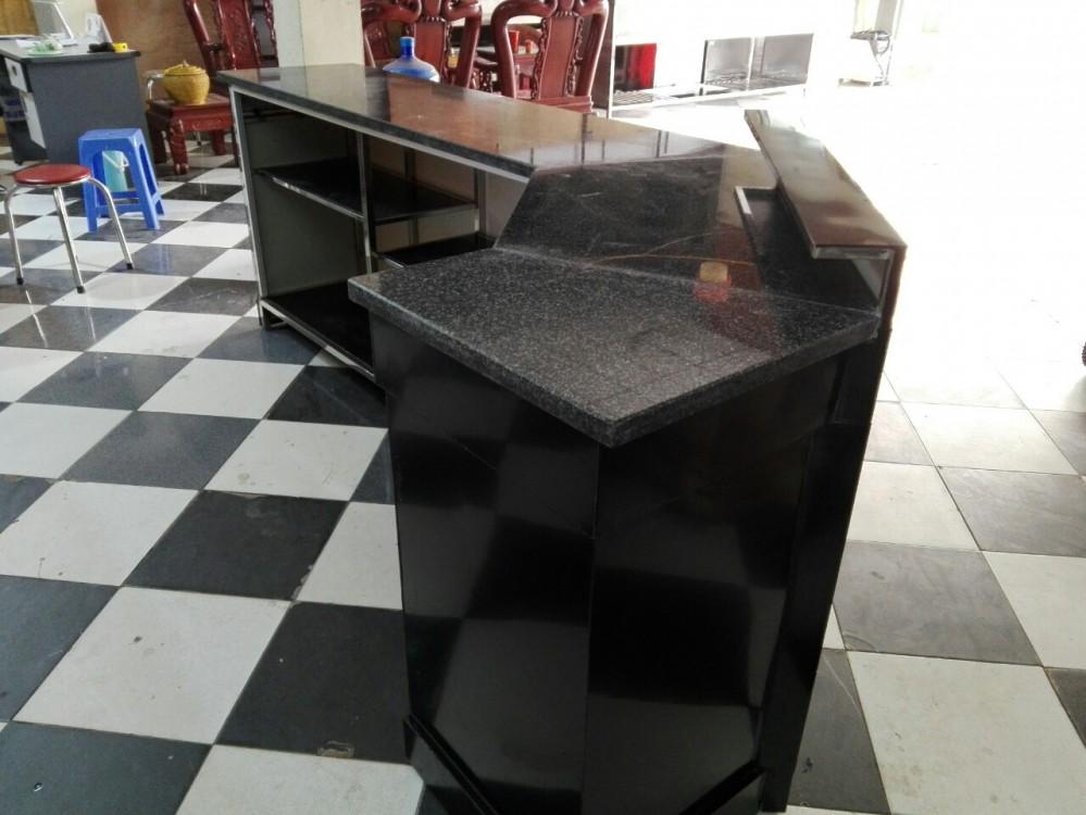 Quầy bar khung inox, mặt bàn đá