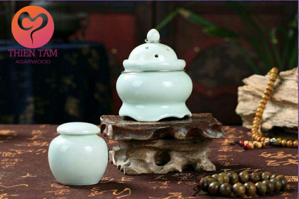 Lò Xông Trầm Hương Cho Xe Hơi