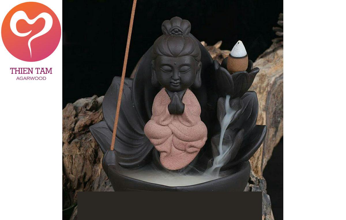 Phật Bà Tọa Đài Sen