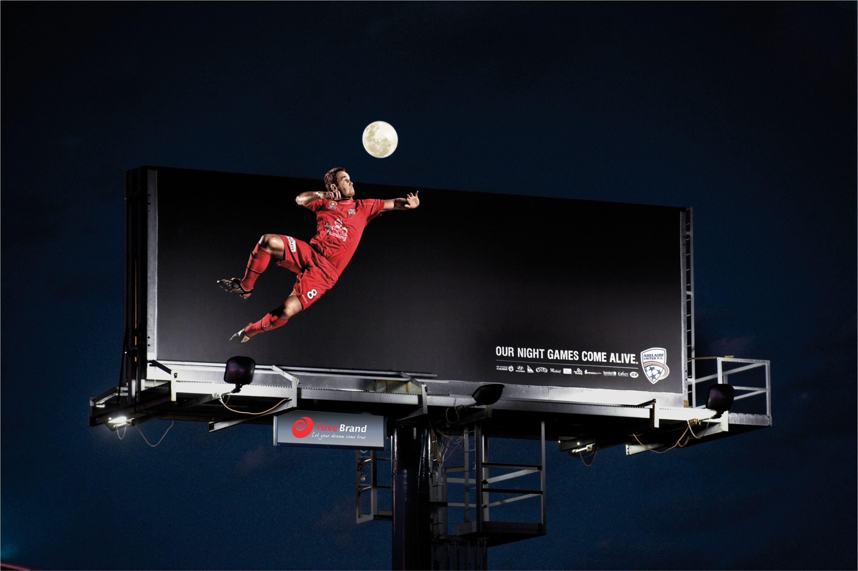 Thi công biển Billboard