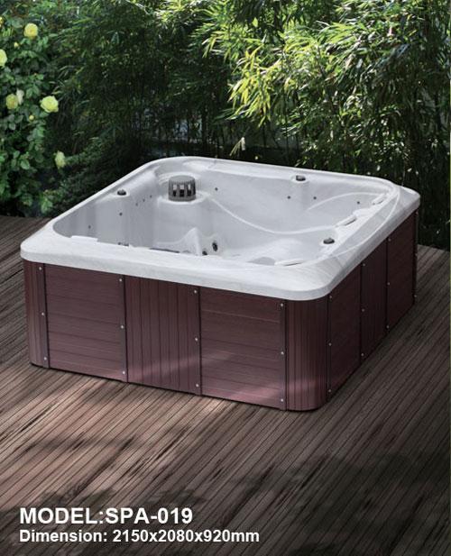 Bồn tắm jacuzzi