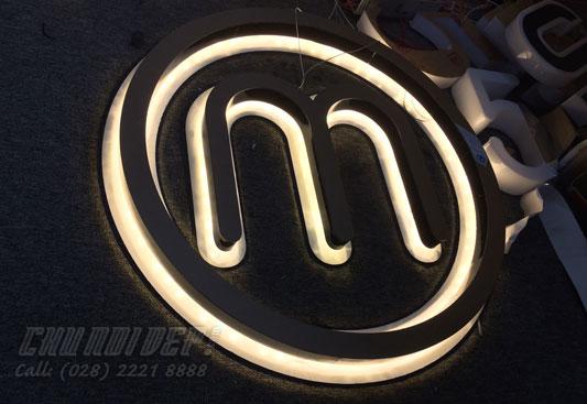 Logo mica hắt sáng ngược