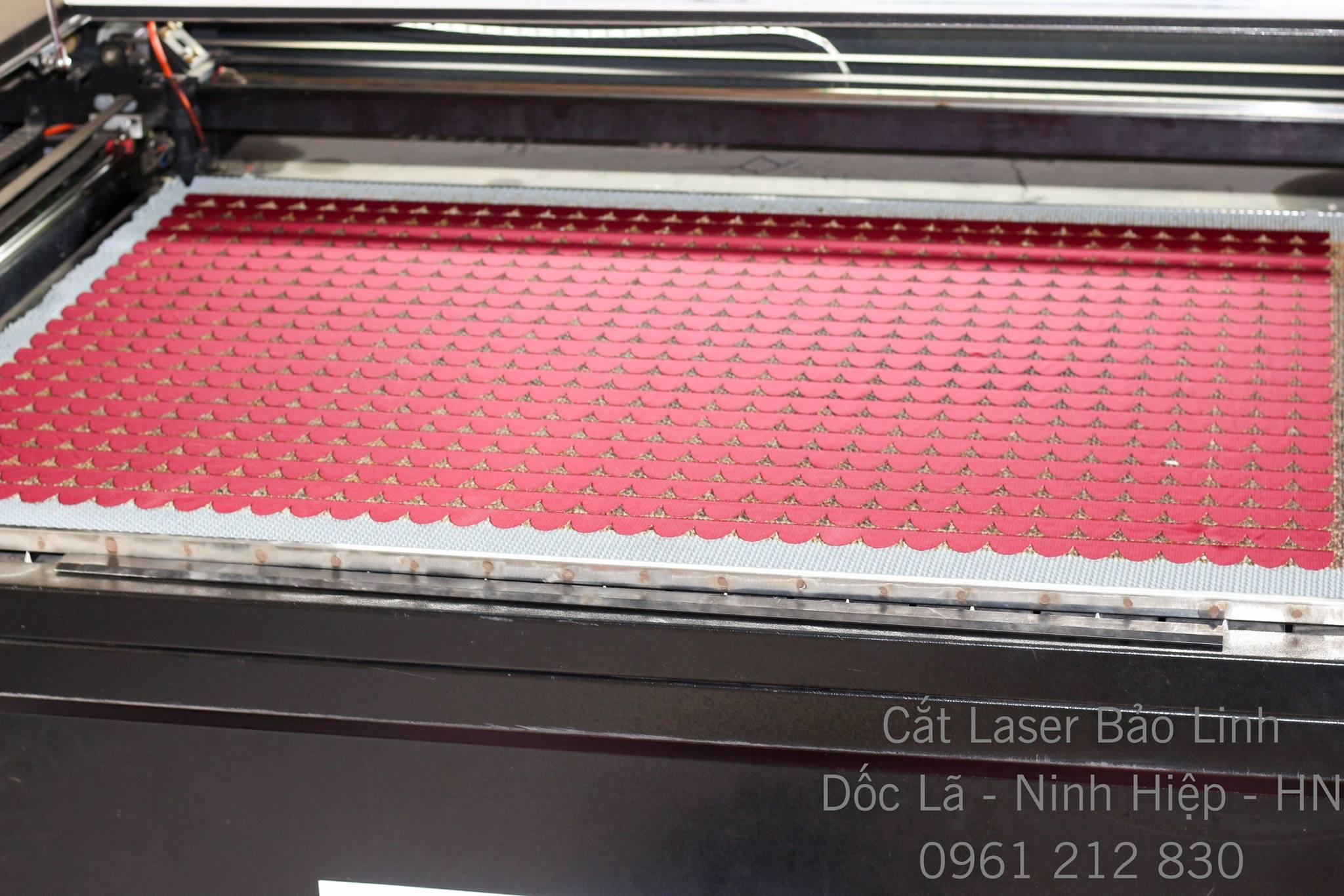 Cắt vải Laser