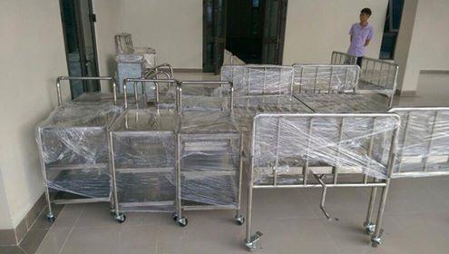 Giường y tế