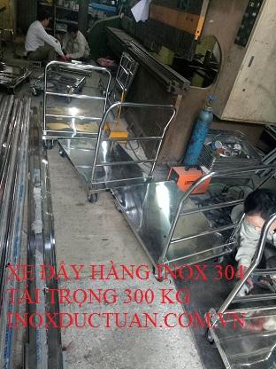 XE ĐẨY HÀNG INOX 304 TẢI TRỌNG 300 KG