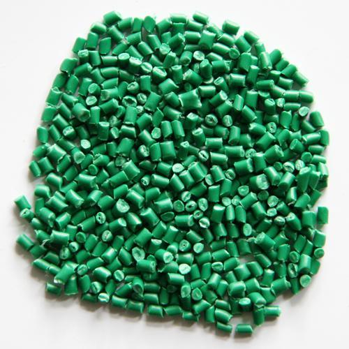 Hạt nhựa màu xanh lá cây
