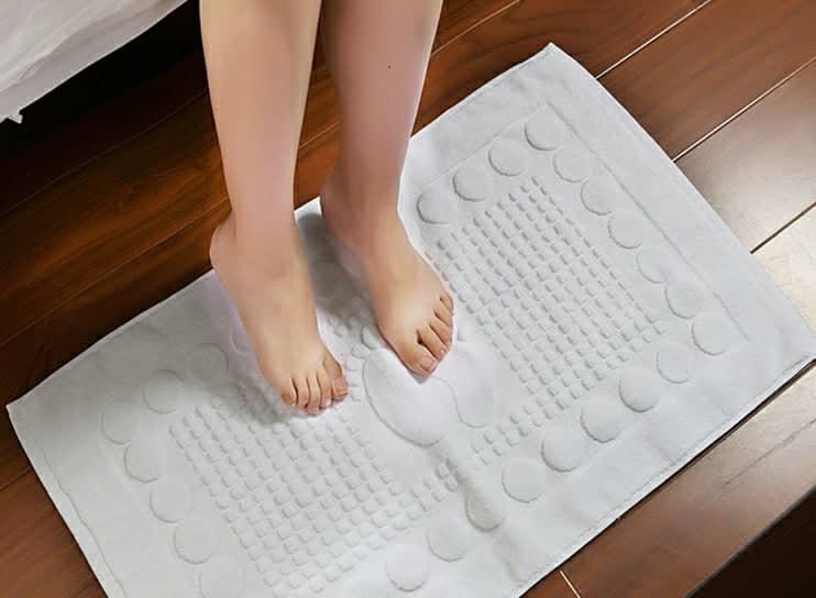 Thảm chân