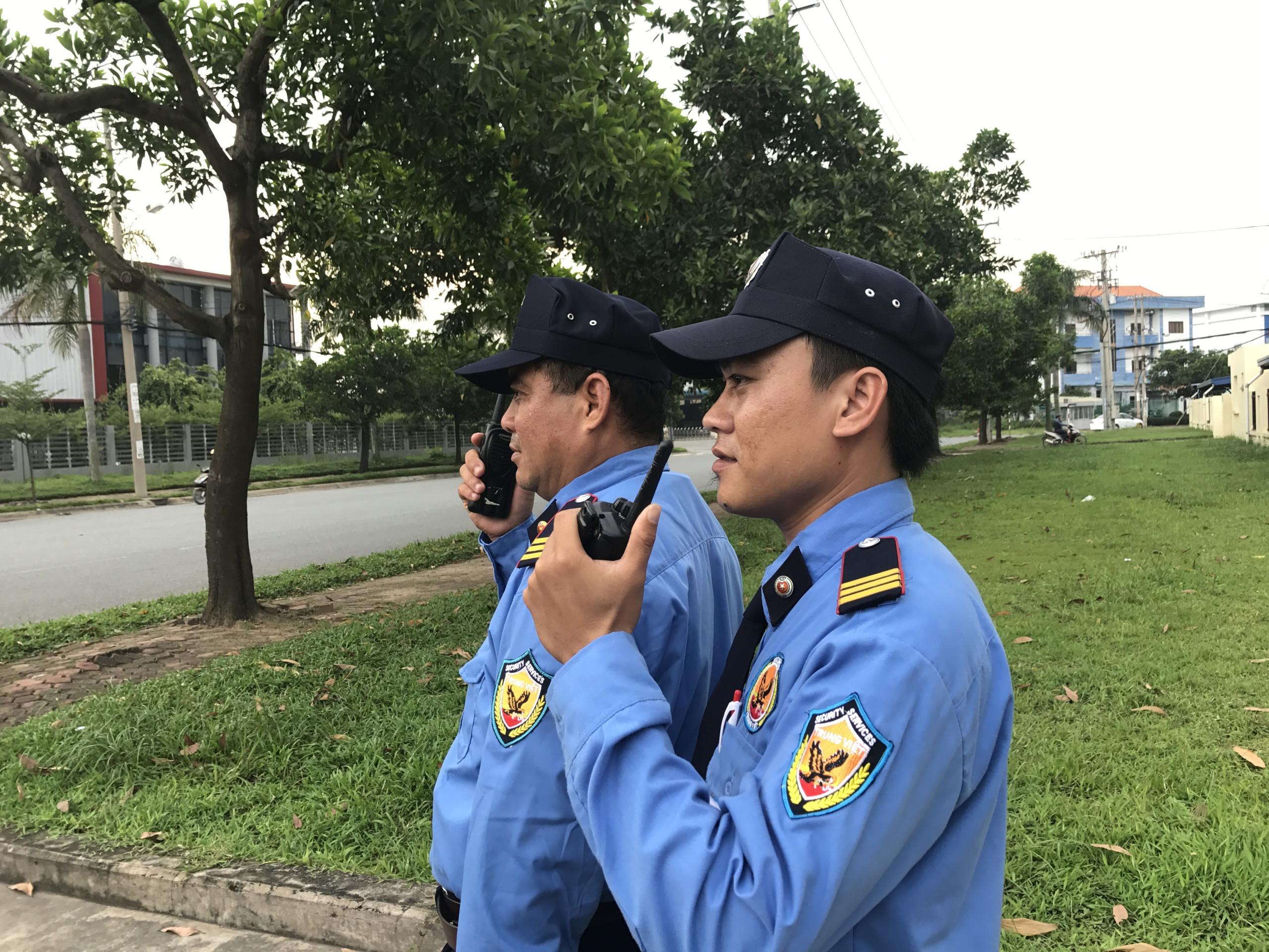 Dịch vụ bảo vệ Trung Việt