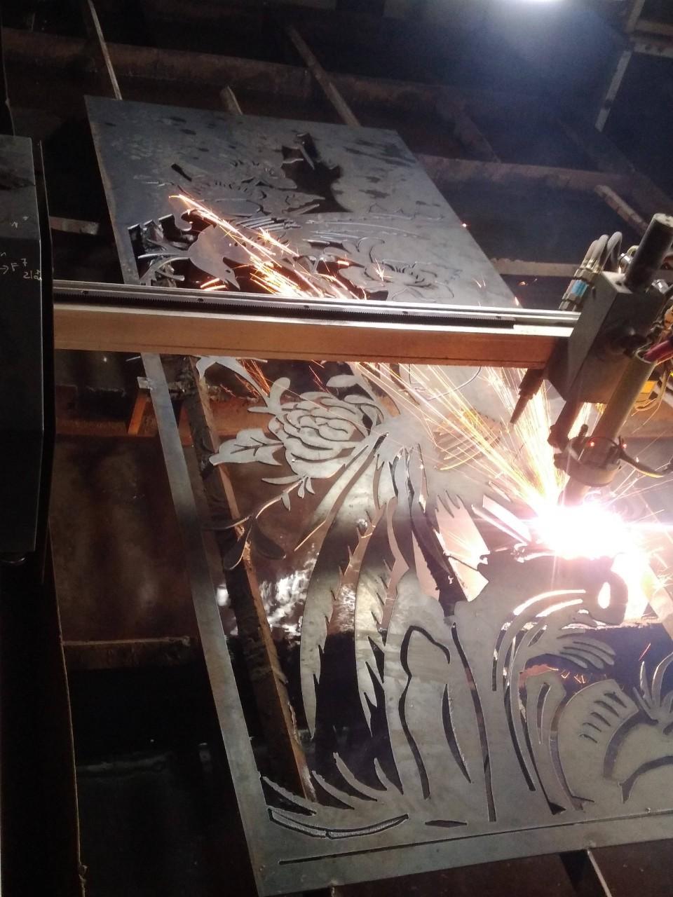 Gia công cắt CNC