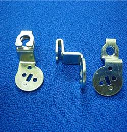 Tấm kéo cụm khóa yên