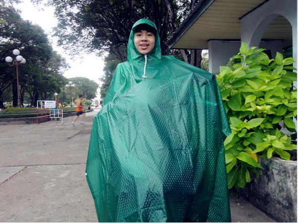 Áo mưa cánh dơi đầu rùa