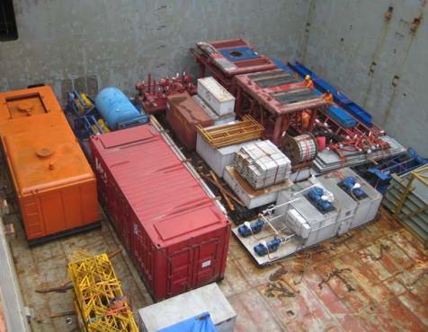 Vận chuyển thiết bị khoan, thăm dò dầu khí
