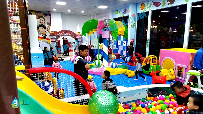Khu vui chơi trong nhà Uông Bí- Quảng Ninh