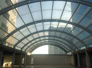 Kết cấu thép mái vòm nhà kính