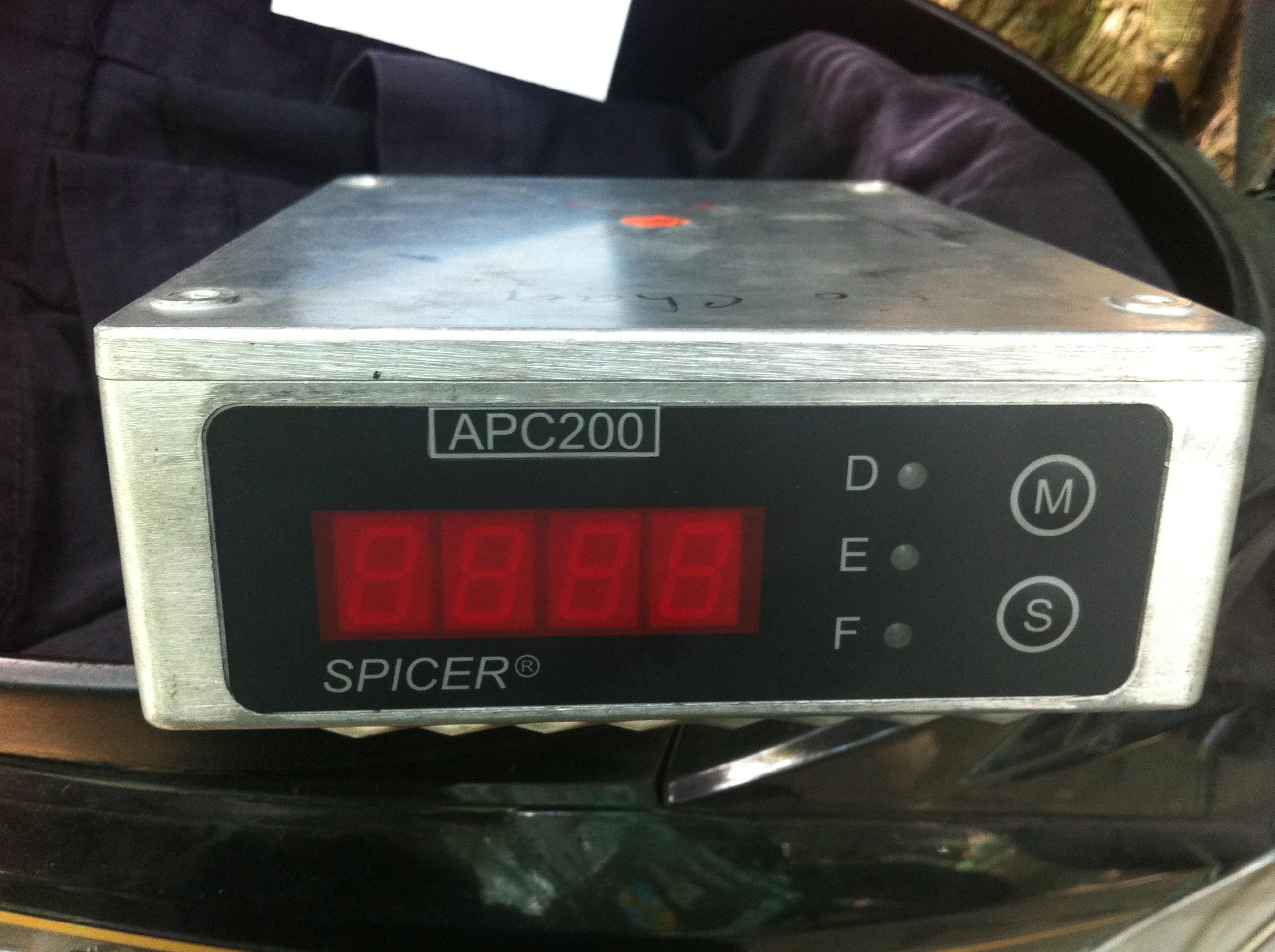 Hộp điện điều khiển APC200