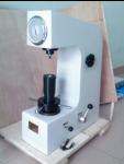 Máy đo độ cứng để bàn