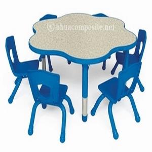 Bàn ghế composite dành cho trẻ em