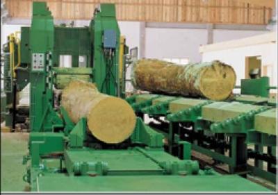 Máy cưa xẻ gỗ