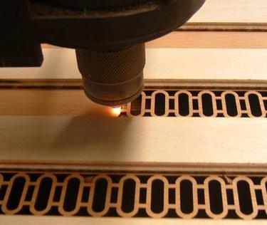Cắt khắc Laser