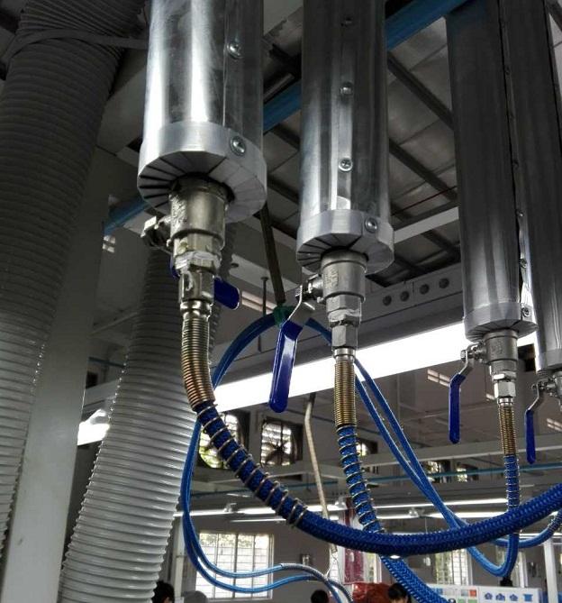 Lắp đặt hệ thống ống hơi và thông gió