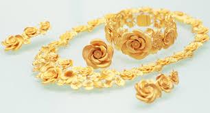 Trang sức bằng vàng