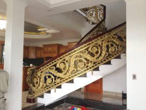 Cầu thang nhôm đúc 028