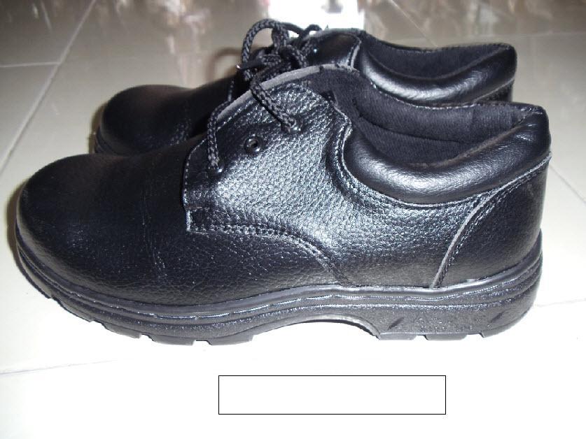 G18 - Giày ABC chỉ đen