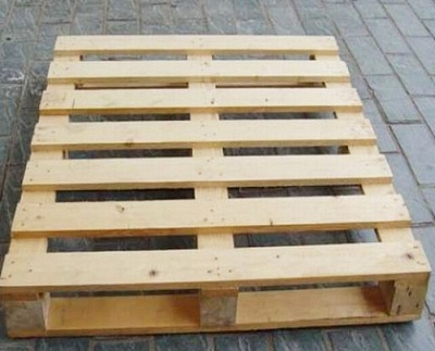 Pallet gỗ 2 hướng nâng 500 kg