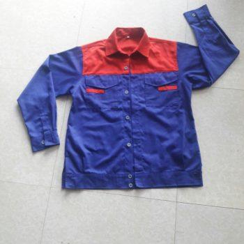 Áo QA15 xanh CN phối đỏ ngực