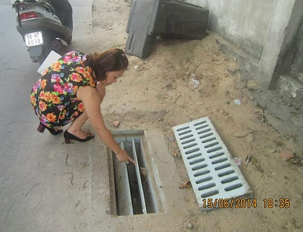 Lưới chắn rác ngăn mùi Composite