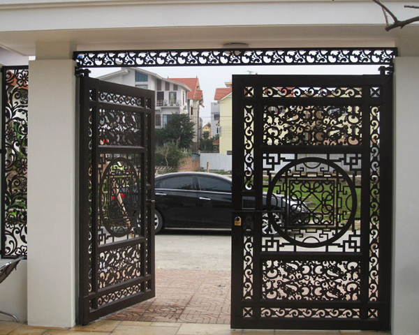 Cửa cổng CNC 03