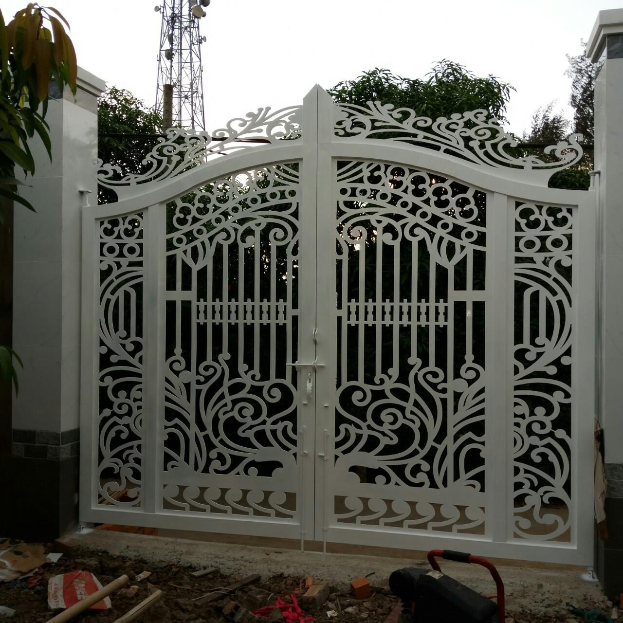 Cửa cổng CNC 21